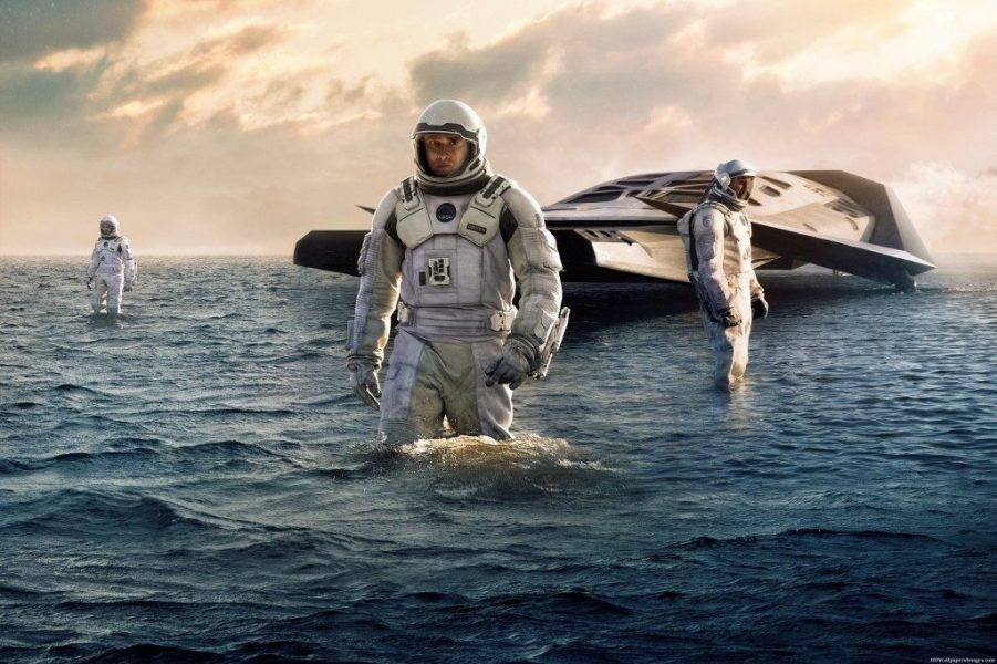 Interstellar-movie-review-top-10