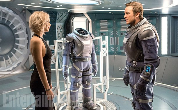 Passengers Jennifer Lawrence Chris Patt 2