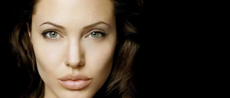 scene nude sex Angelina jolie