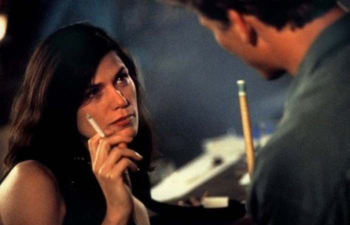 This Neo Noir Erotic Thriller Directed By John Dahl Tells The Story Of An Unhappy Married Woman Who Convinces Her Husband To Sell Cocaine And Then Runs Away