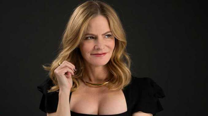 Jennifer Jason Leigh Net Worth 2019 How Much Is Jennifer Jason