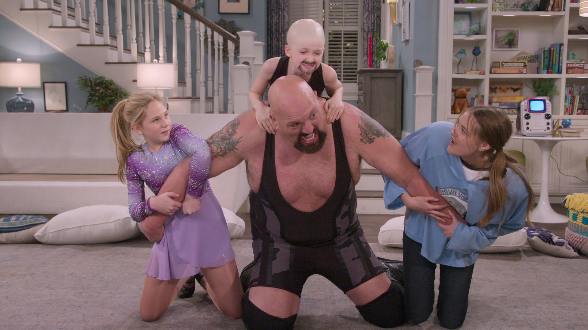 Big Show Family Marriage Big Show S Wife And Daughters In Real Life